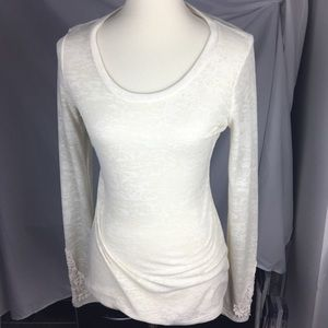 BKE Thermal Cream Top - M (EUC)